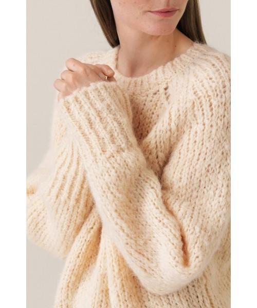 Sal Knit